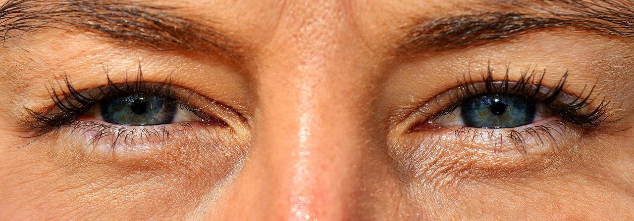 Przeciwwskazania. Makijaż permanentny – skutki uboczne i przeciwwskazania. Skutki uboczne makijażu permanentnego brwi