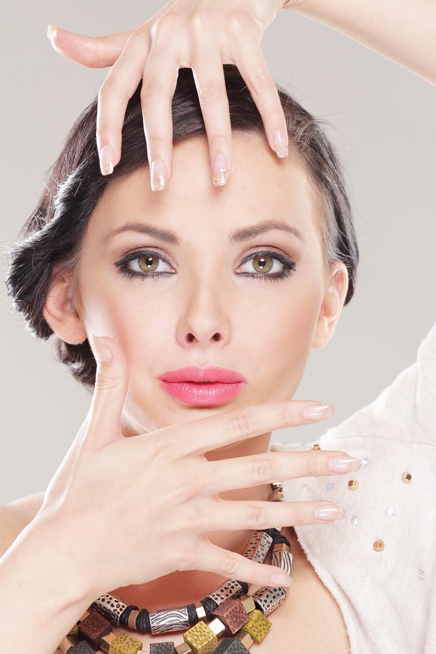 Makijaż permanentny brwi co to jest? O czym musimy pamiętać? Makijaż permanentny wskazania i przeciwwskazania