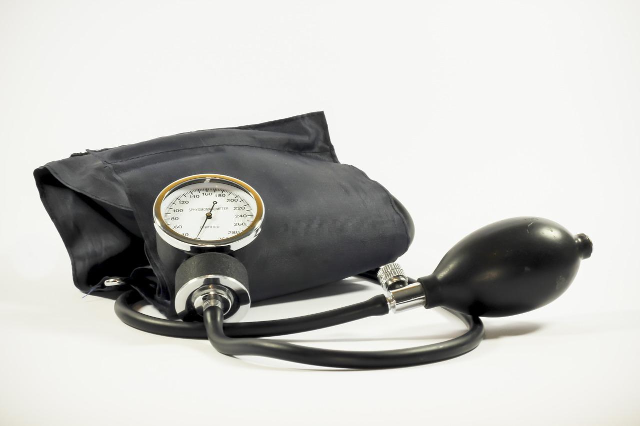 Nadciśnienie tętnicze – przyczyny, objawy, leczenie.